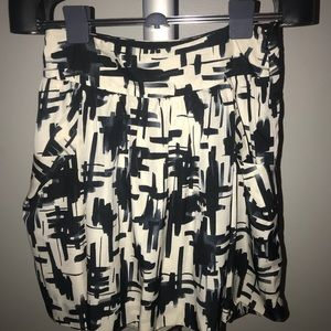 The Limited Black & Cream A-Line Skirt w/ Pockets